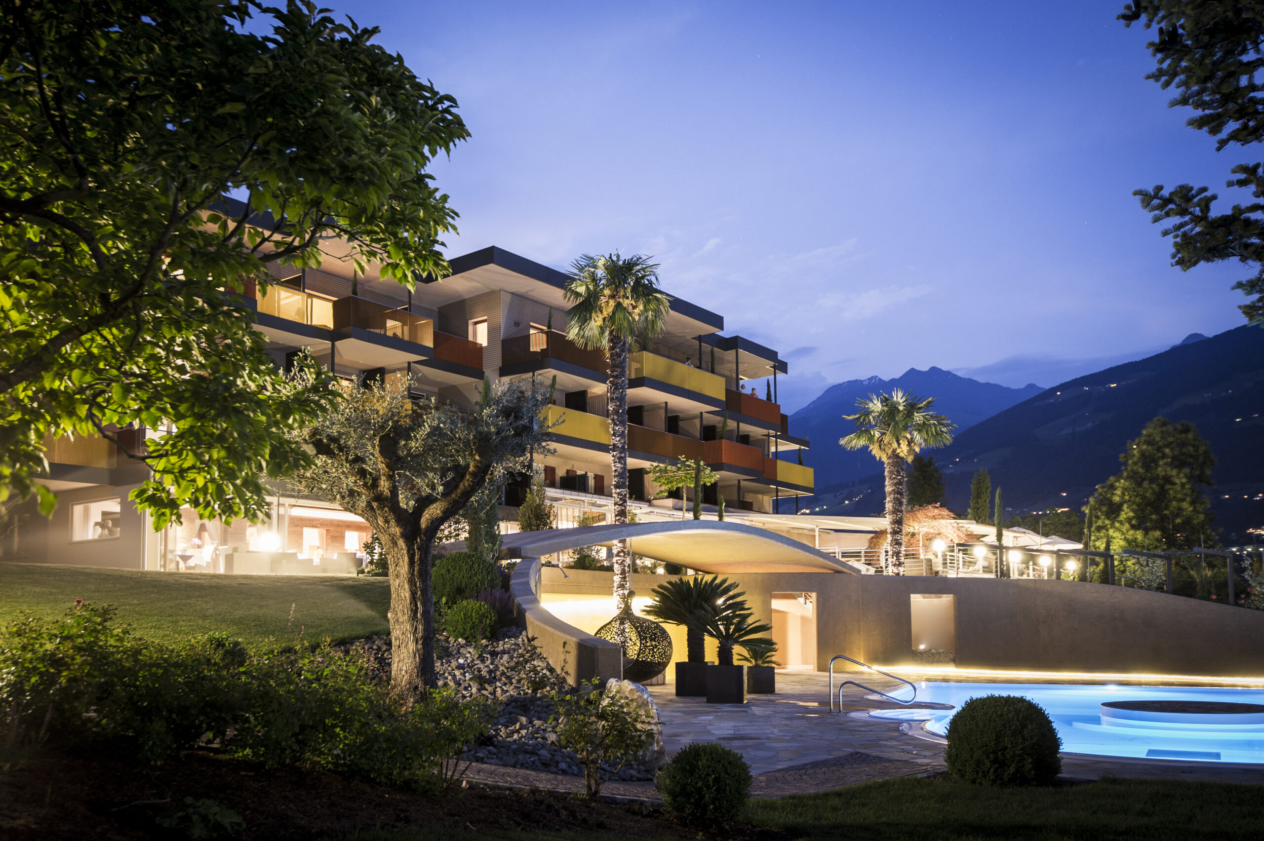 """Hotel Johannis: """"green space = luxurious space"""" (noa* network of architecture)"""