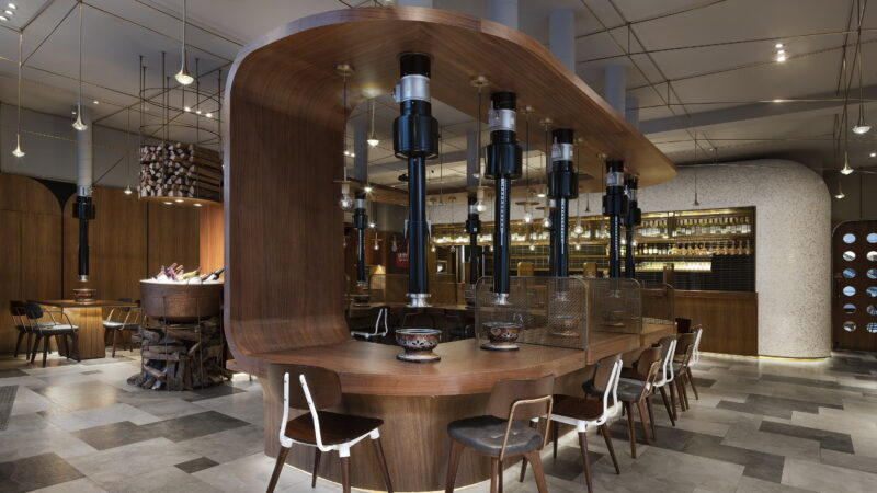 SWK Yakiniku Bistro by Golucci Interior Architects